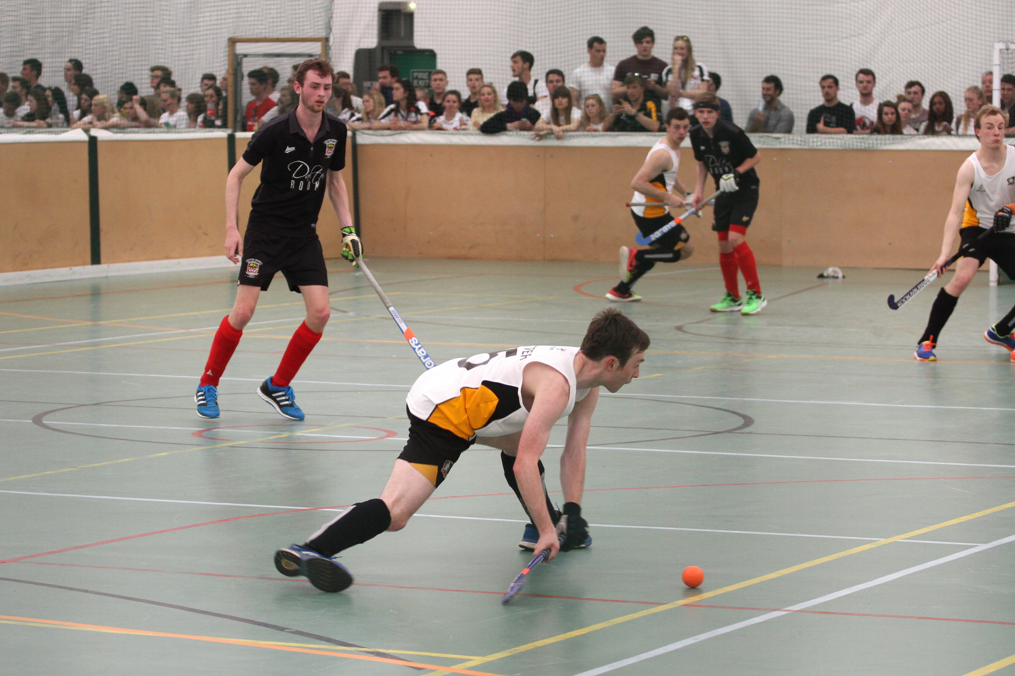 Women's indoor hockey take a share of the spoils