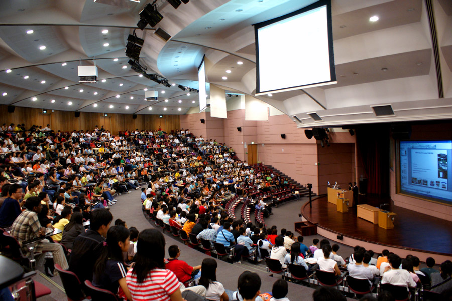 University departments undergo talks about new opt-out lecture capture