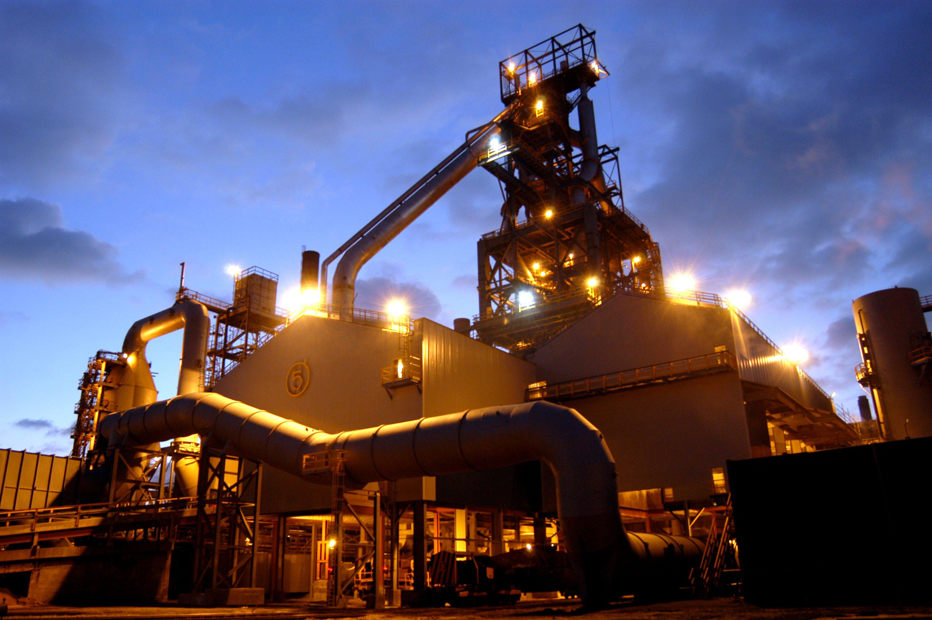 UK Steel in crisis as Tata announces sell-off
