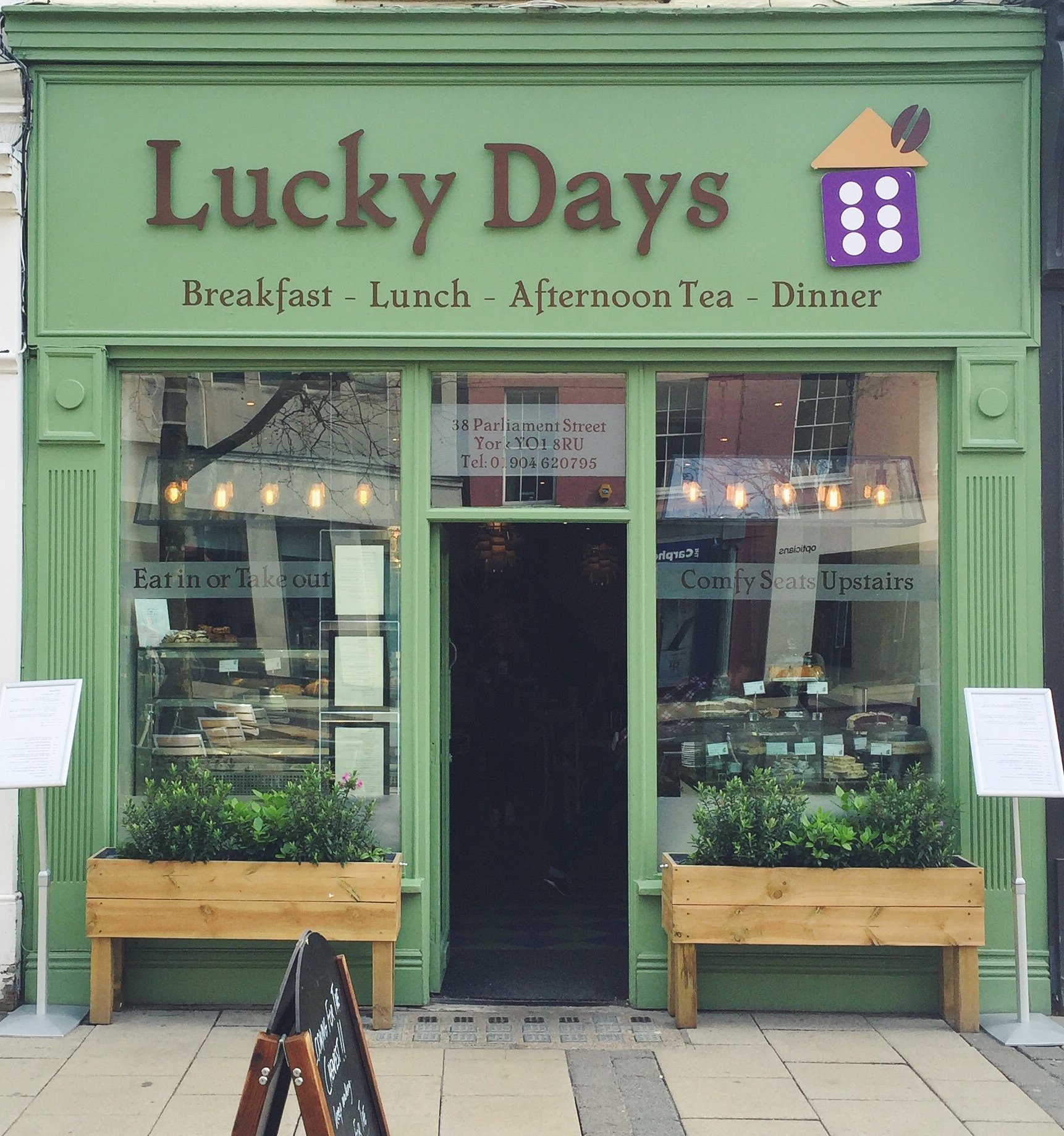 Review: Lucky Days
