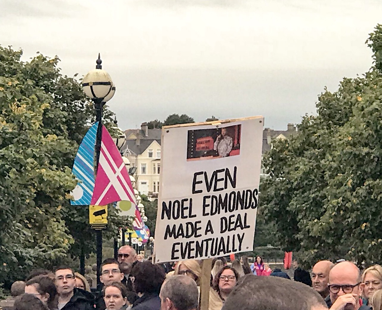 'We deserve better': 589 days without government in Northern Ireland