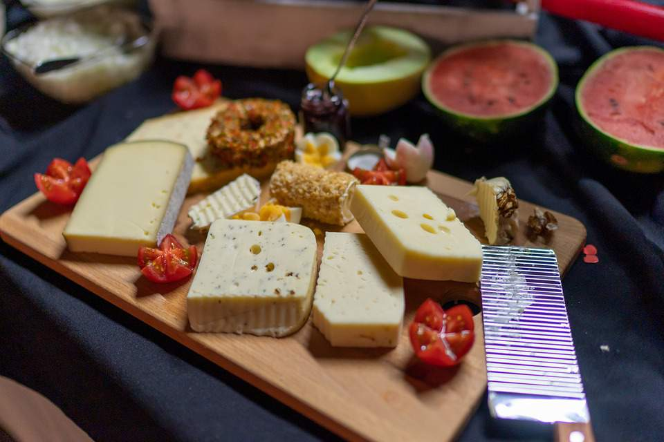 The perfect cheeseboard: a cheese seller's guide