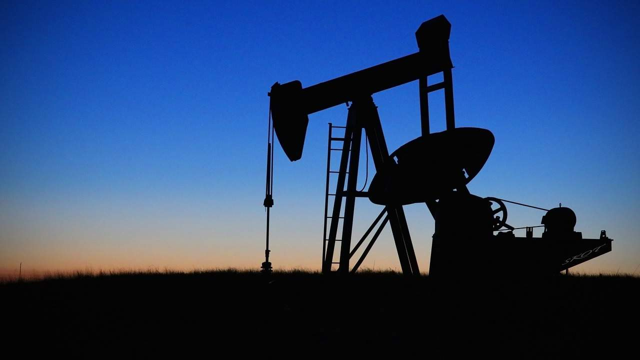Oil prices remain stable amid US-Iran conflict