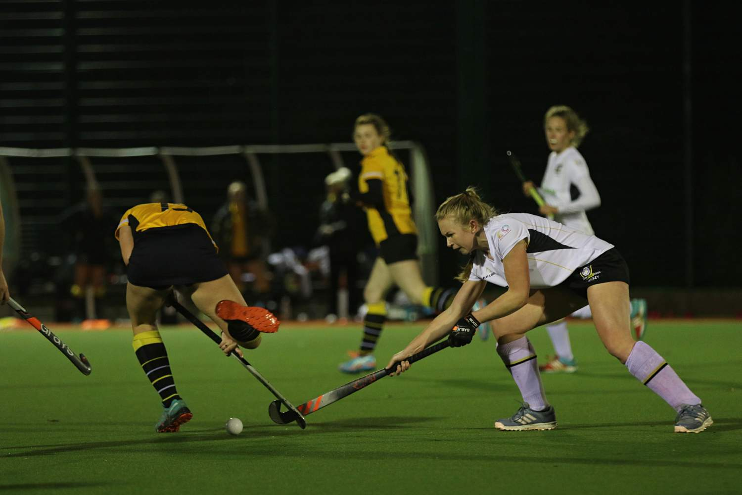 Last gasp draw for women's hockey 1s