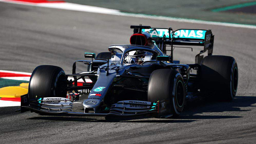 Mercedes turning more than just heads at pre-season testing